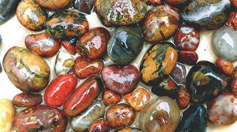 Камни полудрагоценные фото